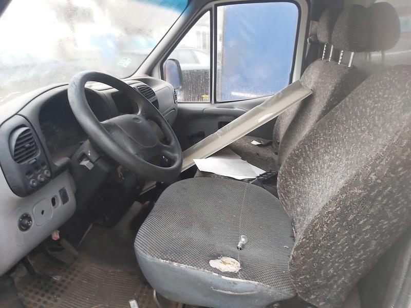 Naudotos automobiliu dallys Foto 5 Ford TRANSIT 1998 2.5 Mechaninė Krovininis mikroautobusas 2/3 d. Balta 2020-11-18 A5830