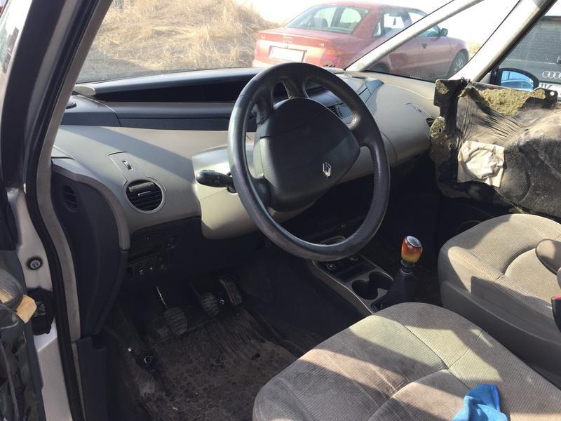 Naudotos automobilio dalys Renault ESPACE 2003 2.2 Mechaninė Vienatūris 4/5 d. Pilka 2019-3-12