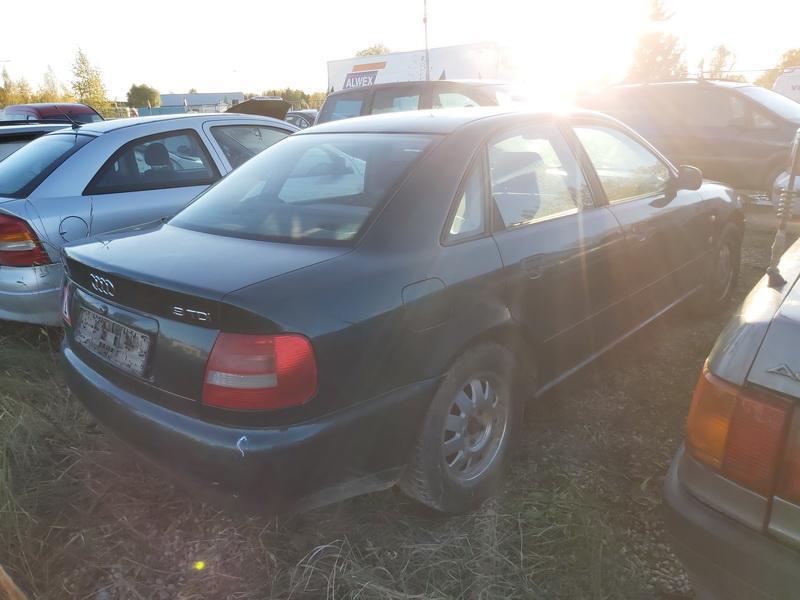 Naudotos automobiliu dallys Foto 9 Audi A4 1995 1.9 Mechaninė Sedanas 4/5 d. Zalia 2020-10-16 A5764