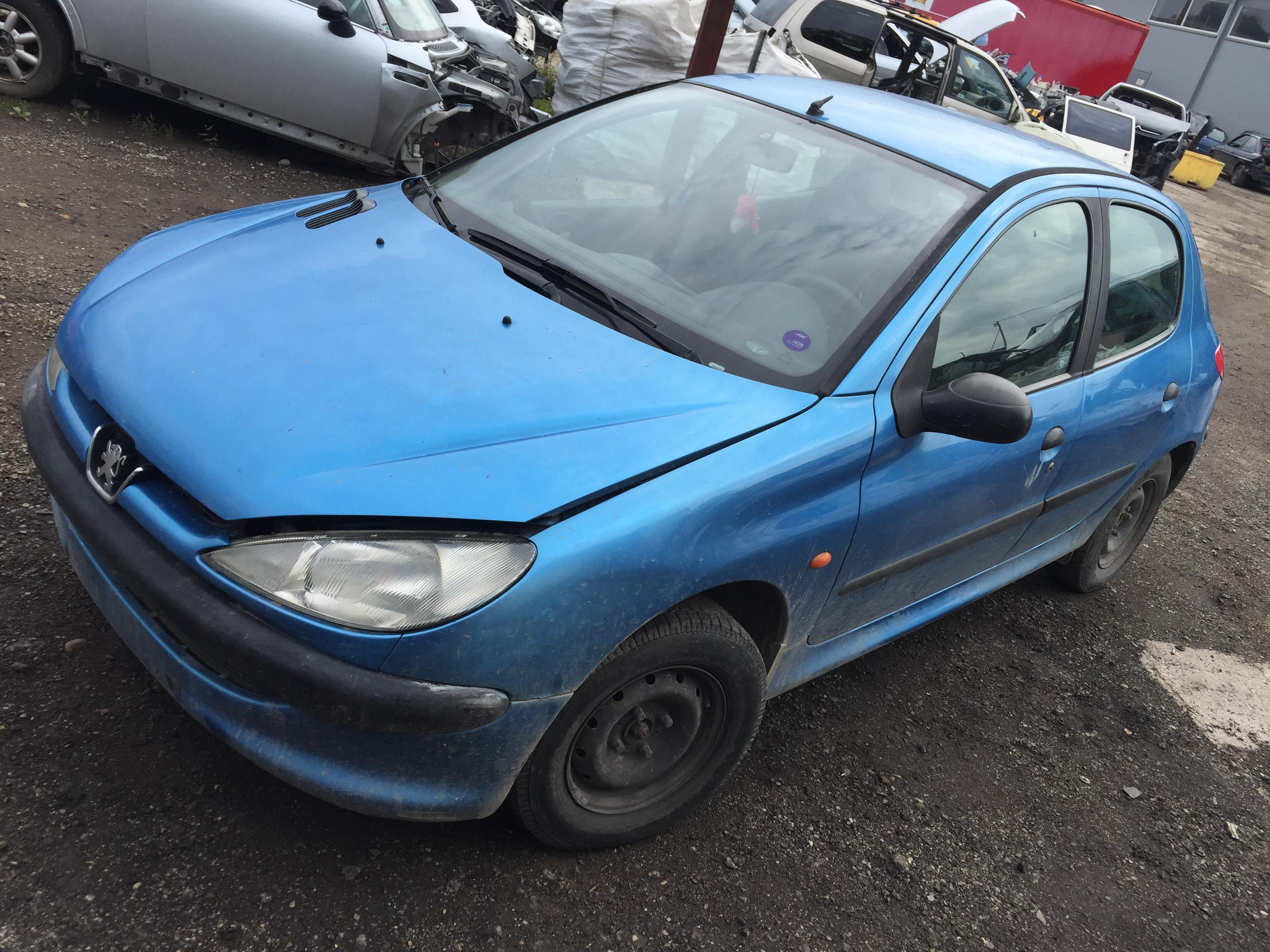 Working And Cheap Parts From Peugeot 206 14l55kw Petrol Car For Fuel Pump Fuse Location