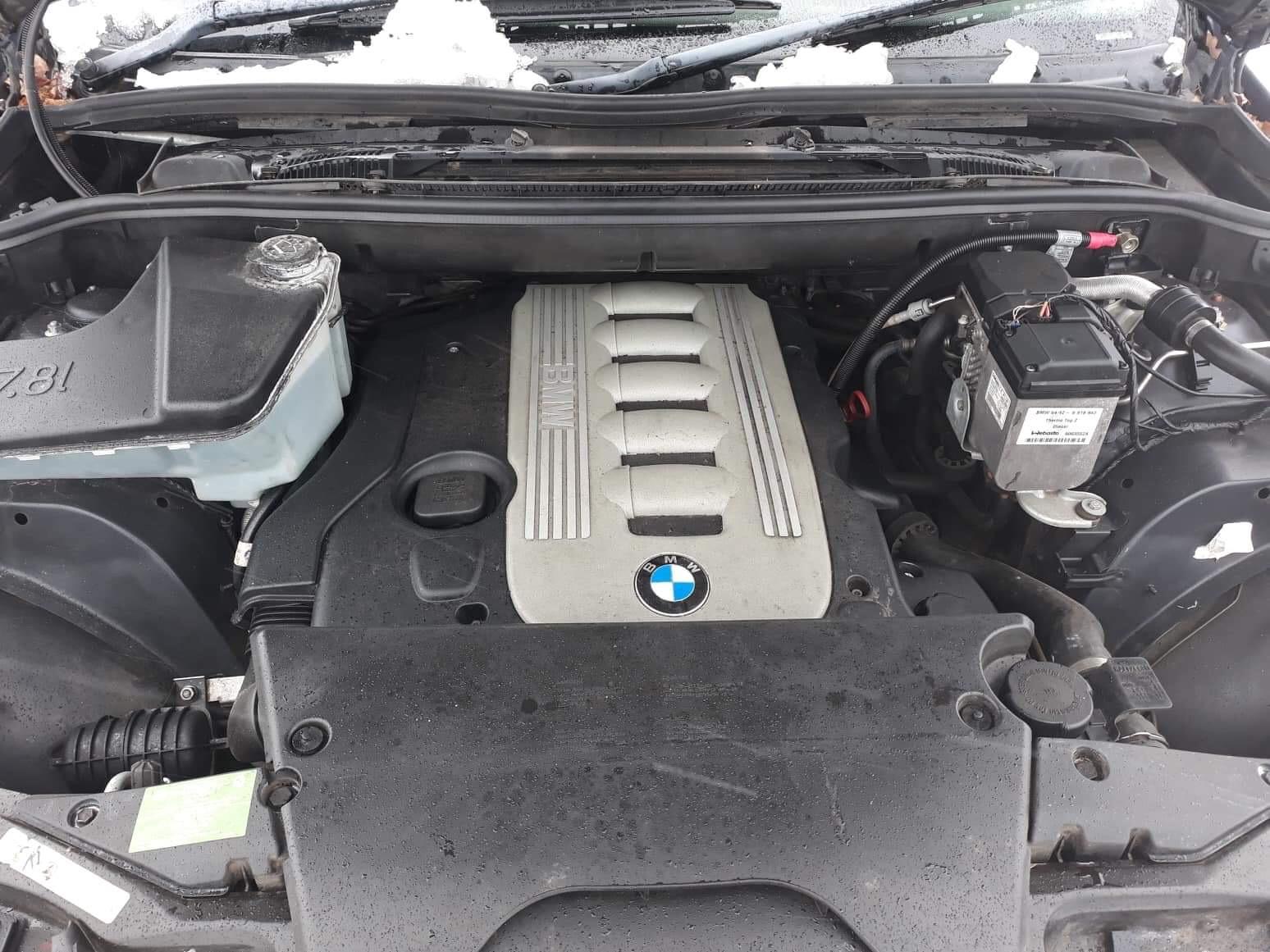 Naudotos automobiliu dallys Foto 8 BMW X5 2004 3.0 Mechaninė Visureigis 4/5 d. Melyna 2019-2-01 A4288