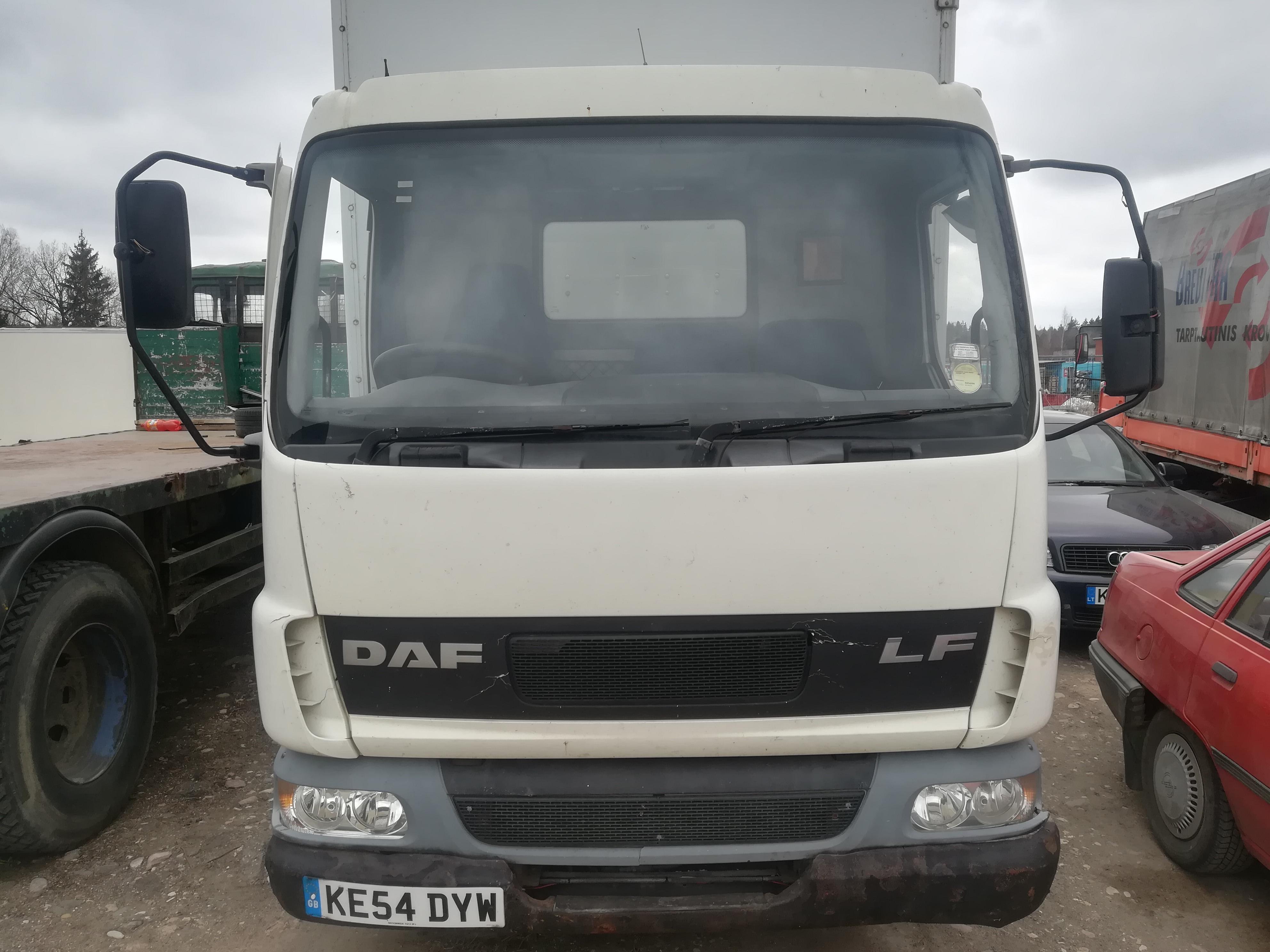 Naudotos automobilio dalys Truck - DAF LF 2004 3.2 Mechaninė Vilkikas 2/3 d. Balta 2019-4-11