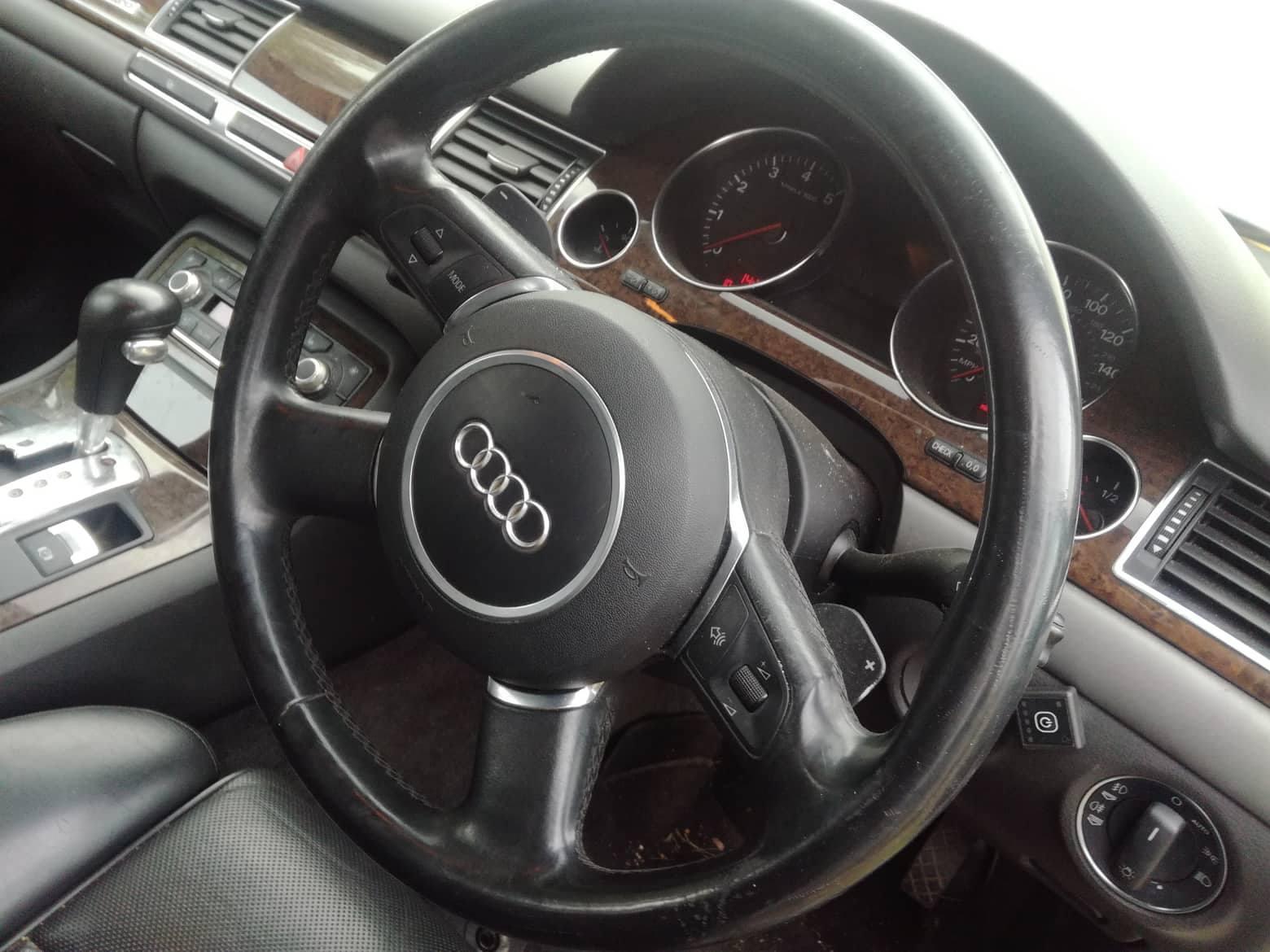 Naudotos automobilio dalys Audi A8 2003 4.2 Automatinė Sedanas 4/5 d. Sidabrine 2018-8-11