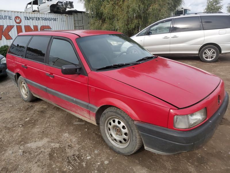 Naudotos automobilio dalys Volkswagen PASSAT 1990 1.6 Mechaninė Universalas 4/5 d. Raudona 2020-9-11