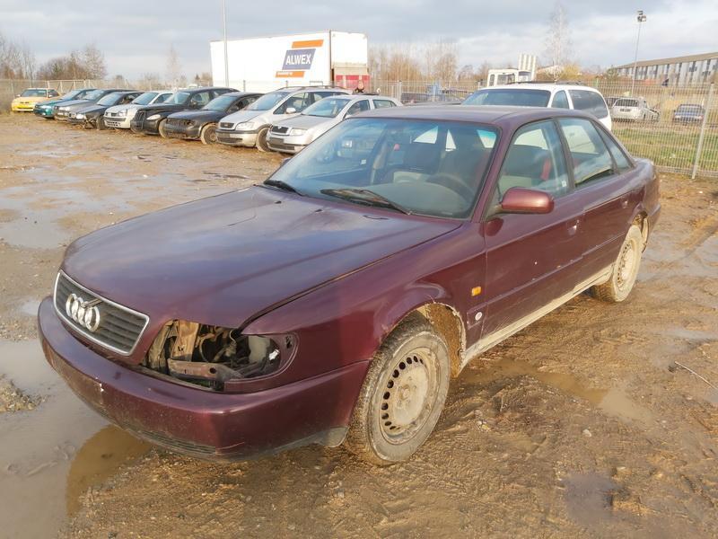 Подержанные Автозапчасти Foto 4 Audi A6 1994 1.9 машиностроение седан 4/5 d. красный 2020-11-19 A5835