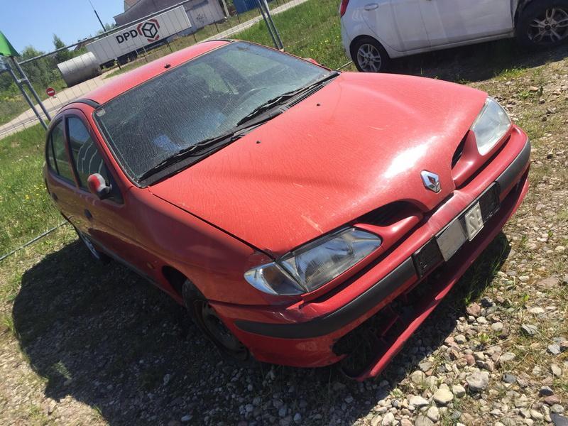Naudotos automobilio dalys Renault MEGANE 1996 1.6 Mechaninė Sedanas 4/5 d. Raudona 2018-5-09