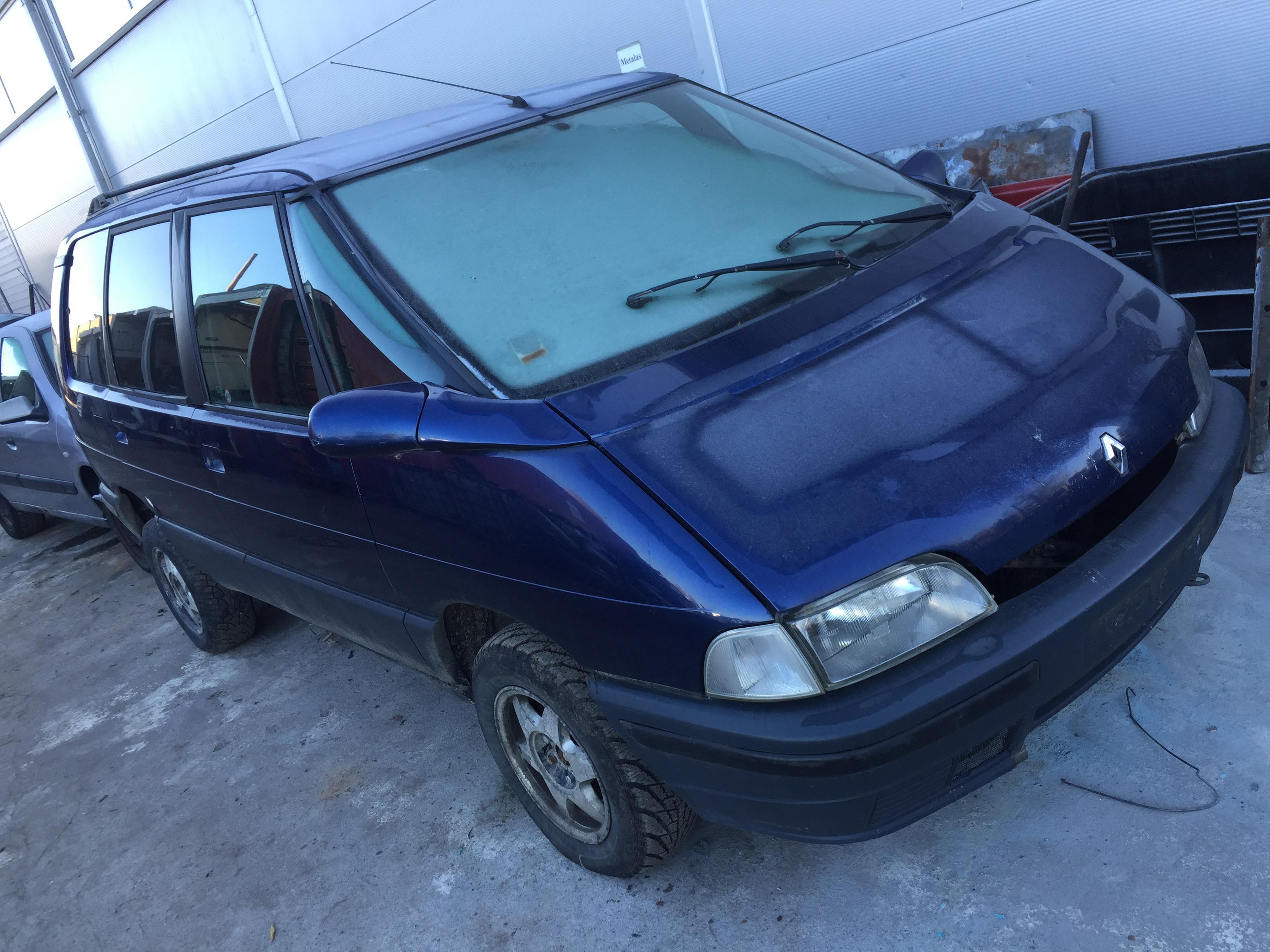 Naudotos automobilio dalys Renault ESPACE 1992 2.2 Mechaninė Vienatūris 4/5 d. Melyna 2017-10-24