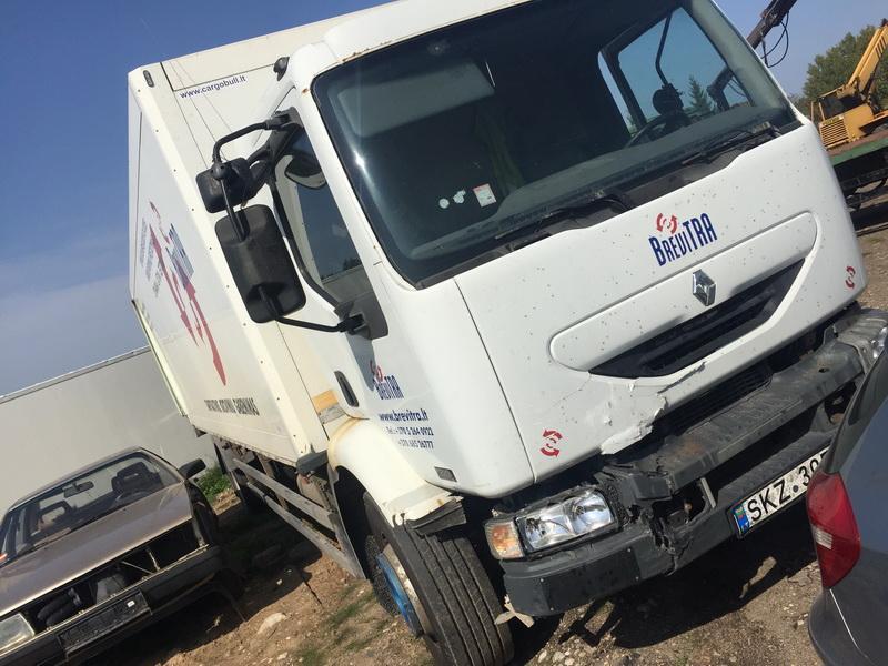 Naudotos automobilio dalys Truck - Renault MIDLUM 2002 6.2 Mechaninė Kita 2/3 d. Balta 2018-9-06