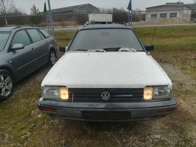Volkswagen PASSAT 1985 1.8 Mechaninė