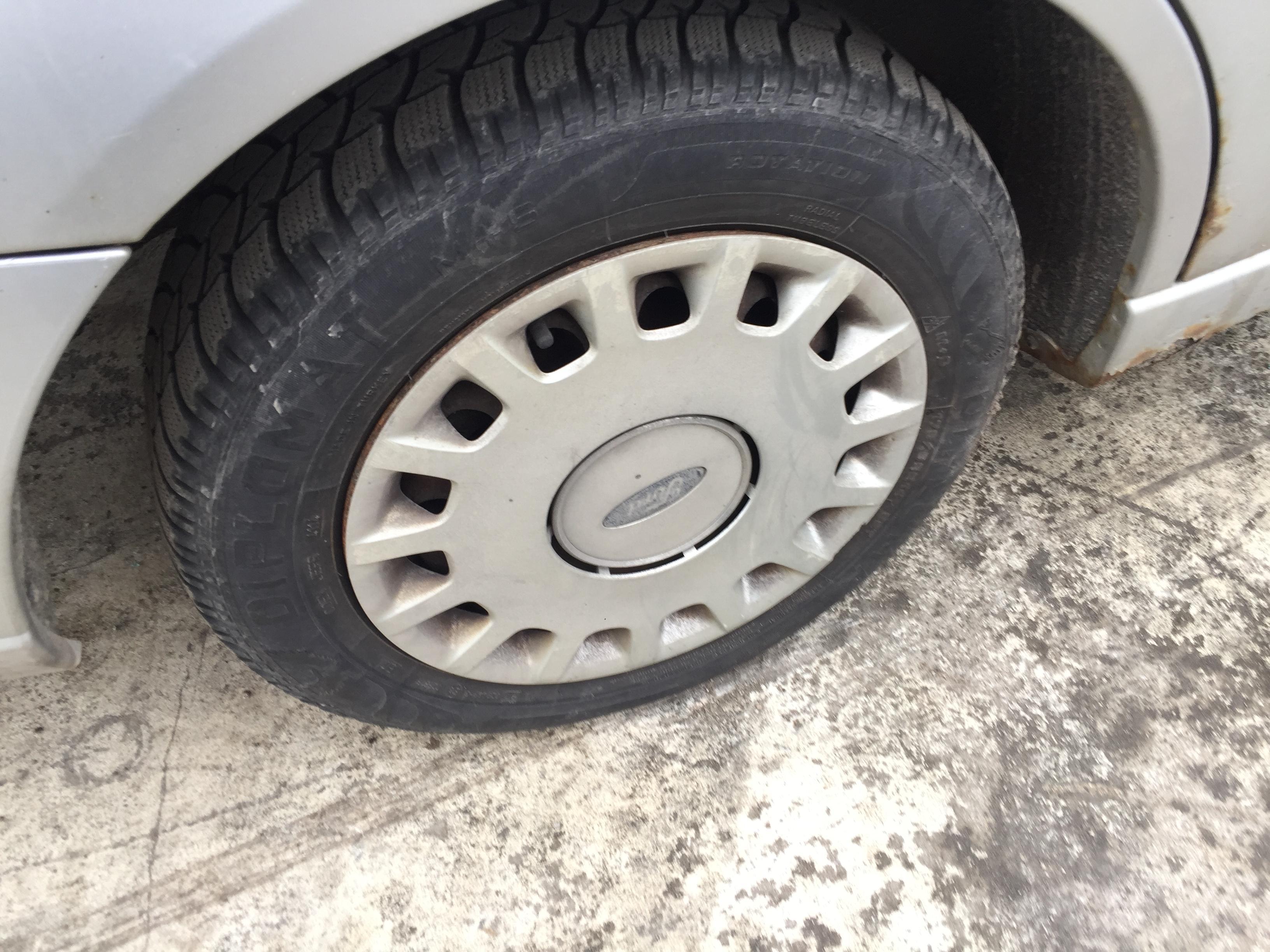 Подержанные Автозапчасти Foto 8 Ford FOCUS 1999 1.8 машиностроение универсал 4/5 d. серебро 2017-9-01 A3440