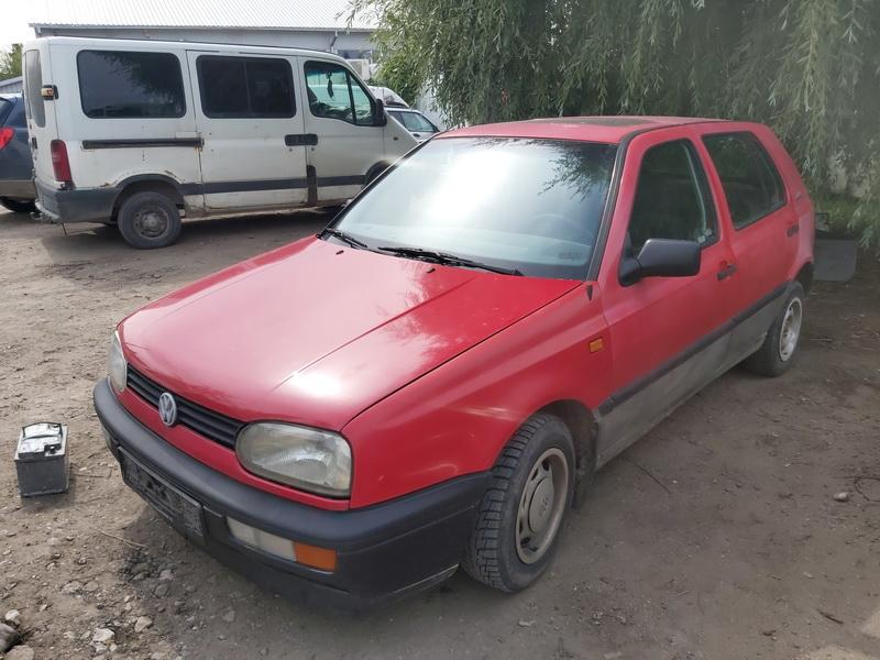 Naudotos automobiliu dallys Foto 2 Volkswagen GOLF 1993 1.9 Mechaninė Hečbekas 4/5 d. Raudona 2020-8-01 A5482