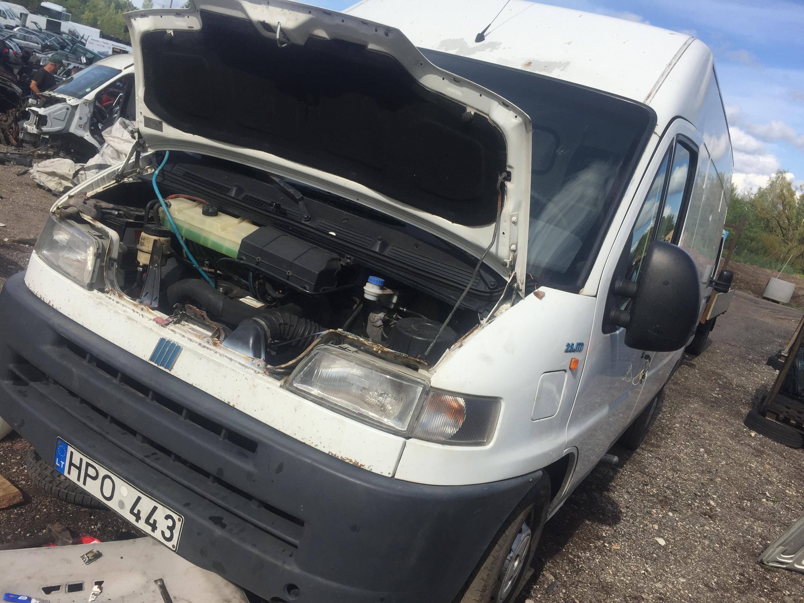 Naudotos automobilio dalys Fiat DUCATO 2002 2.8 Mechaninė Krovininis mikroautobusas 4/5 d. Balta 2018-8-27
