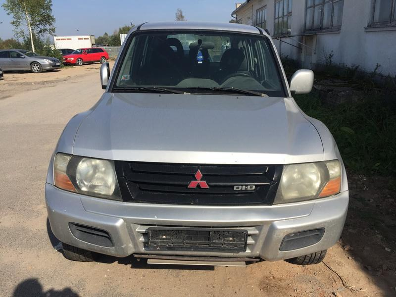 Naudotos automobilio dalys Mitsubishi PAJERO 2001 3.2 Mechaninė Visureigis 4/5 d. Sidabrine 2018-9-19