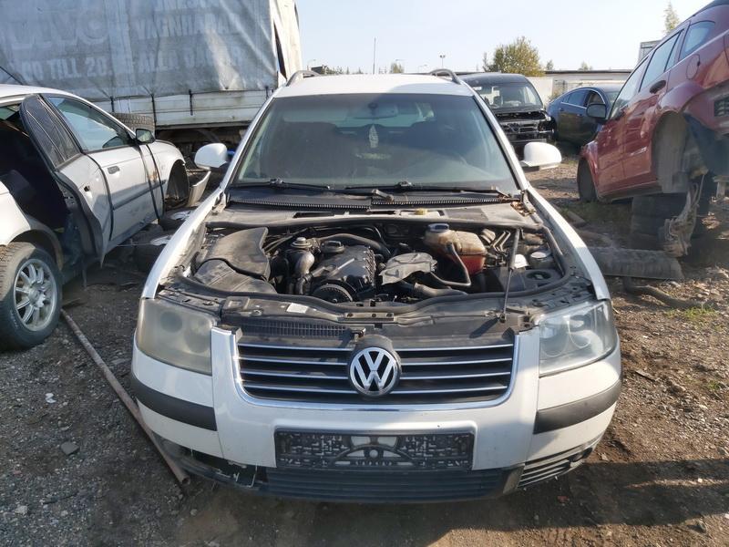 Naudotos automobiliu dallys Foto 2 Volkswagen PASSAT 2004 1.9 Mechaninė Universalas 4/5 d. Balta 2020-9-16 A5668