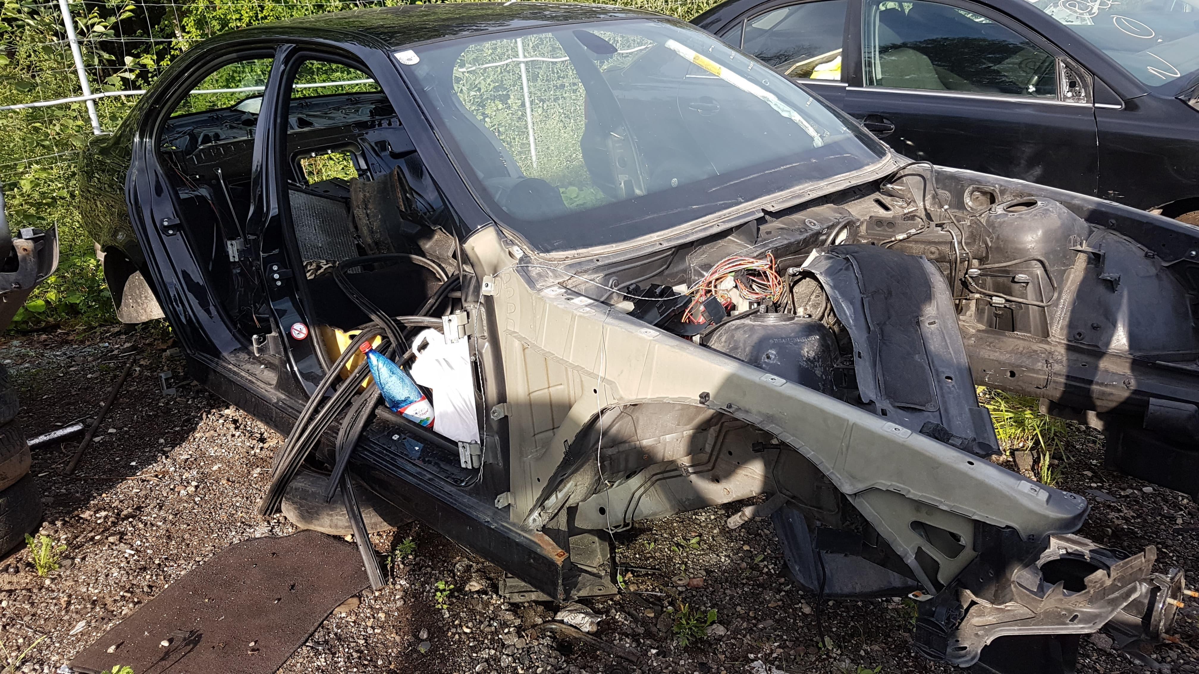 Naudotos automobilio dalys BMW 5-SERIES 2003 2.3 Mechaninė Sedanas 4/5 d. Juoda 2018-7-31