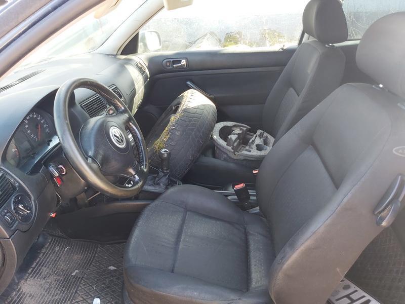 Naudotos automobiliu dallys Foto 5 Volkswagen GOLF 2000 1.9 Mechaninė Hečbekas 2/3 d. Pilka 2020-3-31 A5182