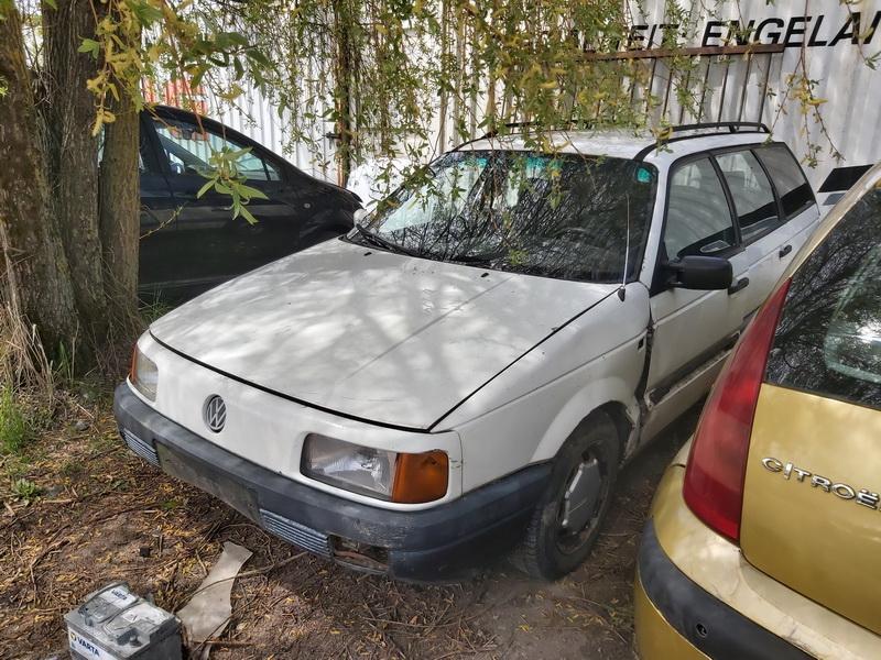 Naudotos automobiliu dallys Foto 4 Volkswagen PASSAT 1993 1.9 Mechaninė Universalas 4/5 d. Balta 2020-5-18 A5286