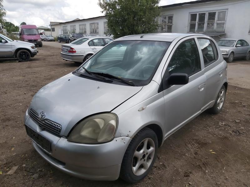 Used Car Parts Foto 4 Toyota YARIS 2000 1.0 Mechanical Hatchback 4/5 d. Grey 2020-7-29 A5476