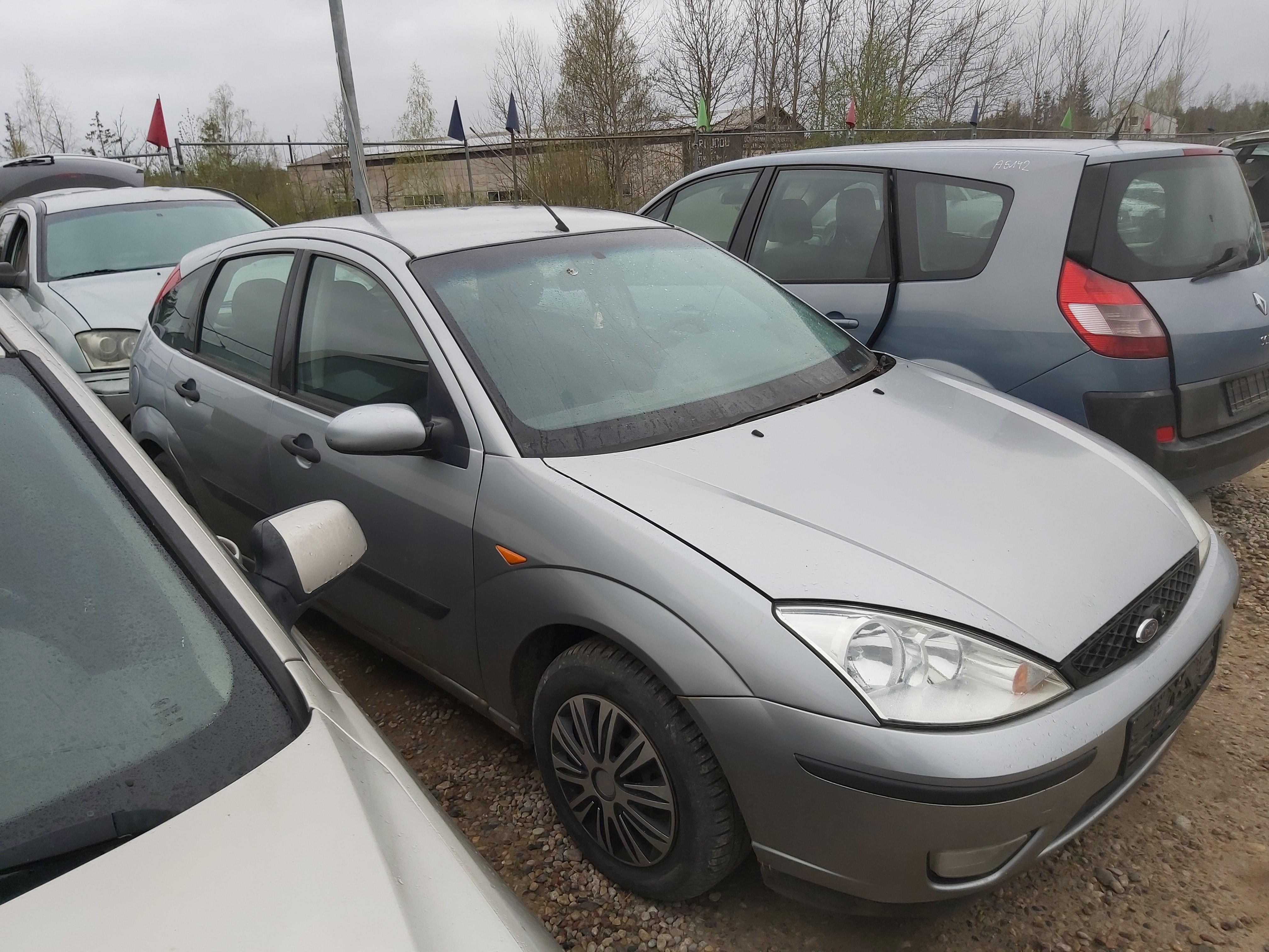Naudotos automobilio dalys Ford FOCUS 2004 1.8 Mechaninė Hečbekas 4/5 d. Pilka 2020-5-04