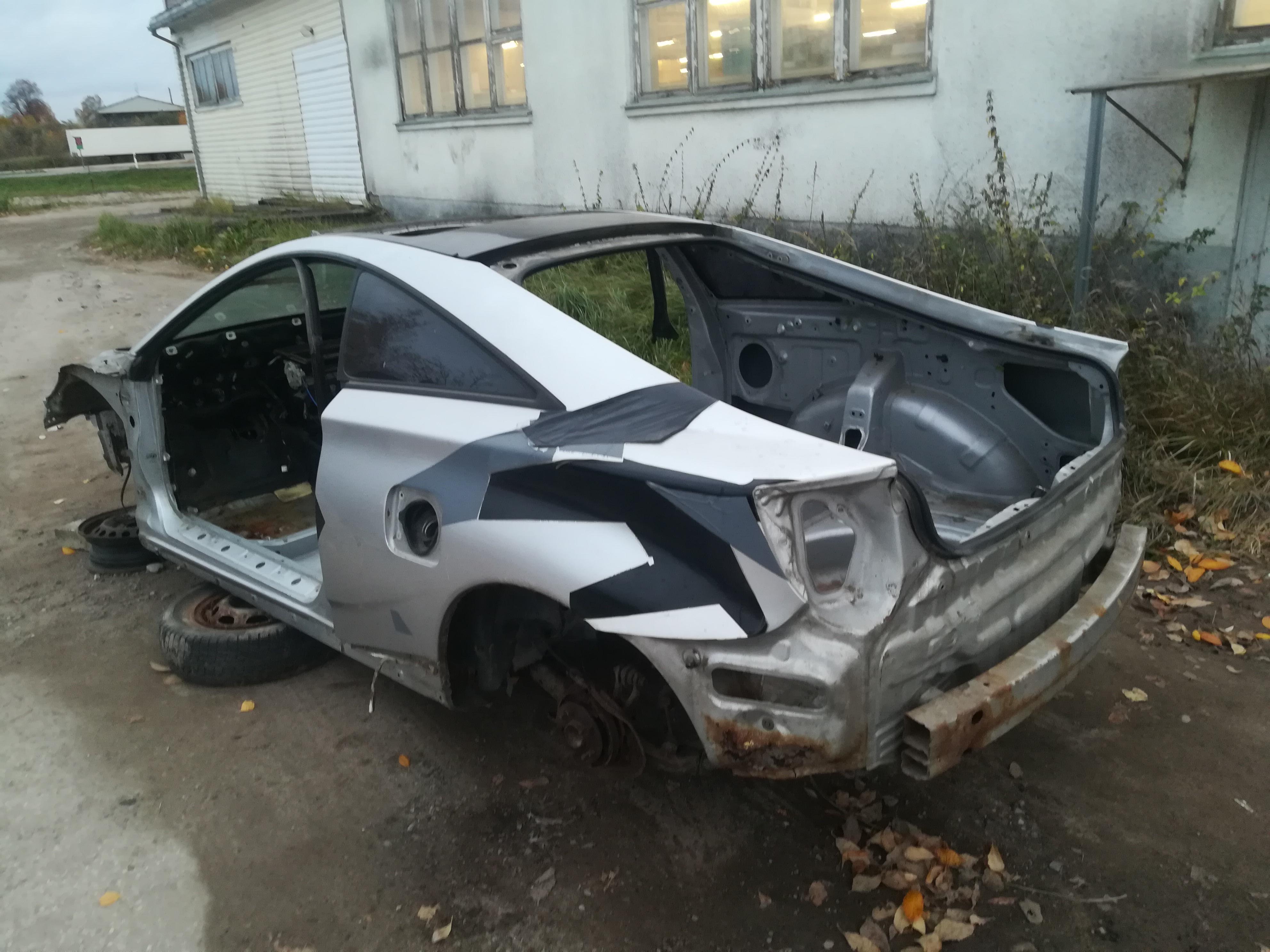 Naudotos automobiliu dallys Foto 4 Toyota CELICA 2000 1.8 Mechaninė Hečbekas 2/3 d. Pilka 2019-10-16 A4838