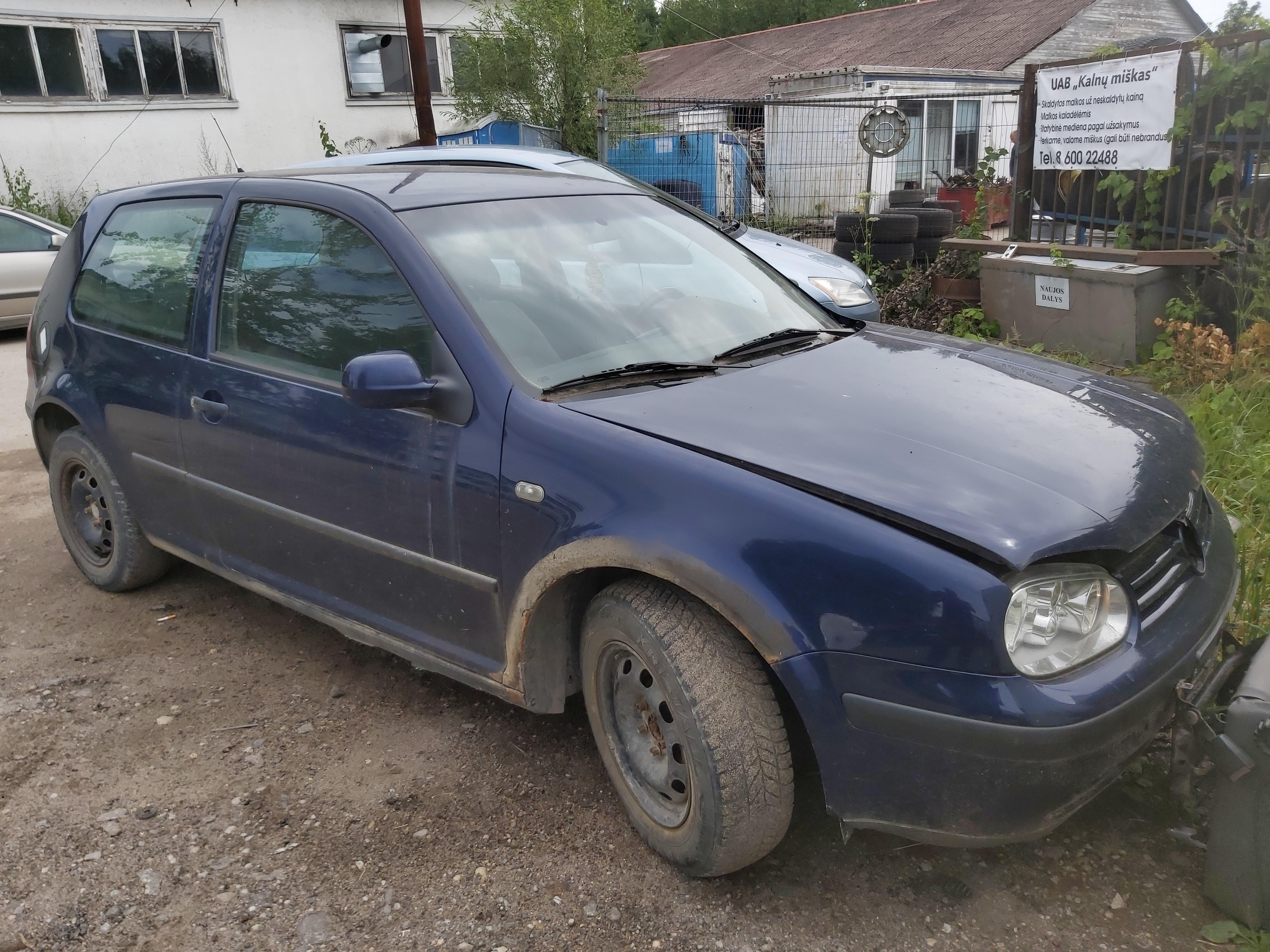 Volkswagen GOLF 2000 1.6 Mechaninė