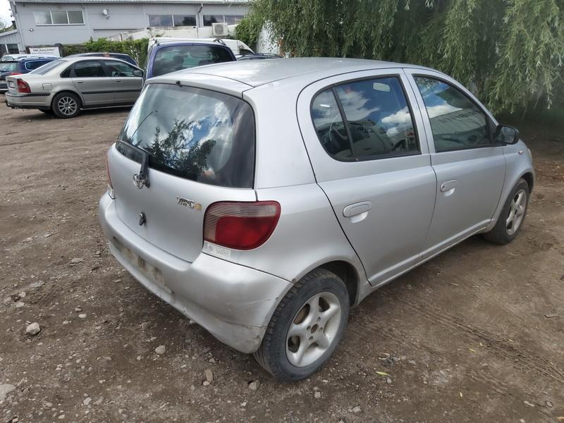 Used Car Parts Foto 9 Toyota YARIS 2000 1.0 Mechanical Hatchback 4/5 d. Grey 2020-7-29 A5476