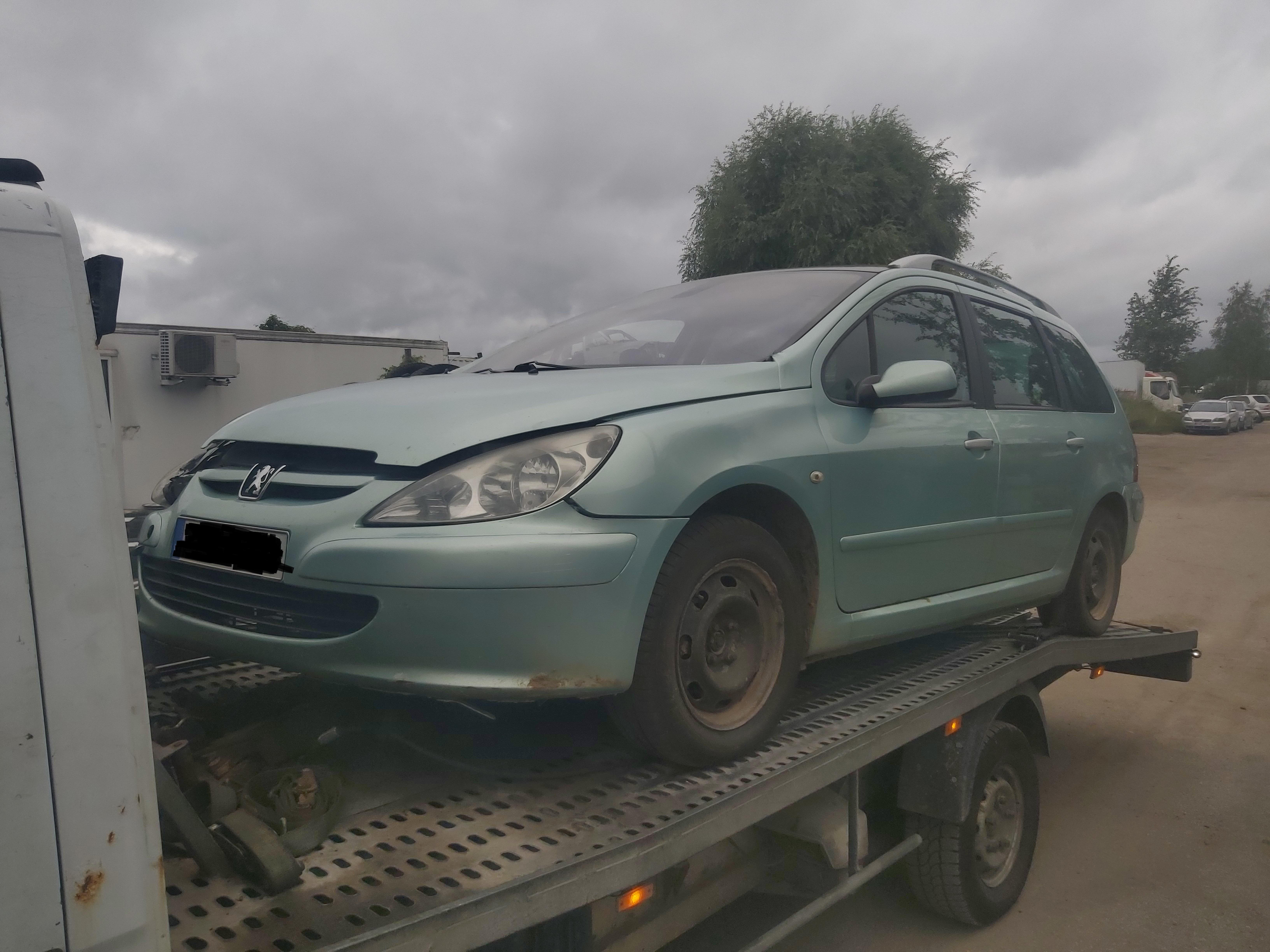 Used Car Parts Foto 4 Peugeot 307 2003 2.0 Mechanical Universal 4/5 d. Green 2020-7-30 A5478