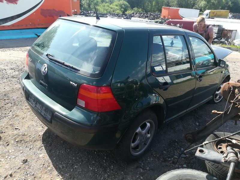 Naudotos automobiliu dallys Foto 7 Volkswagen GOLF 1999 1.9 Mechaninė Hečbekas 4/5 d. Zalia 2019-7-15 A4625