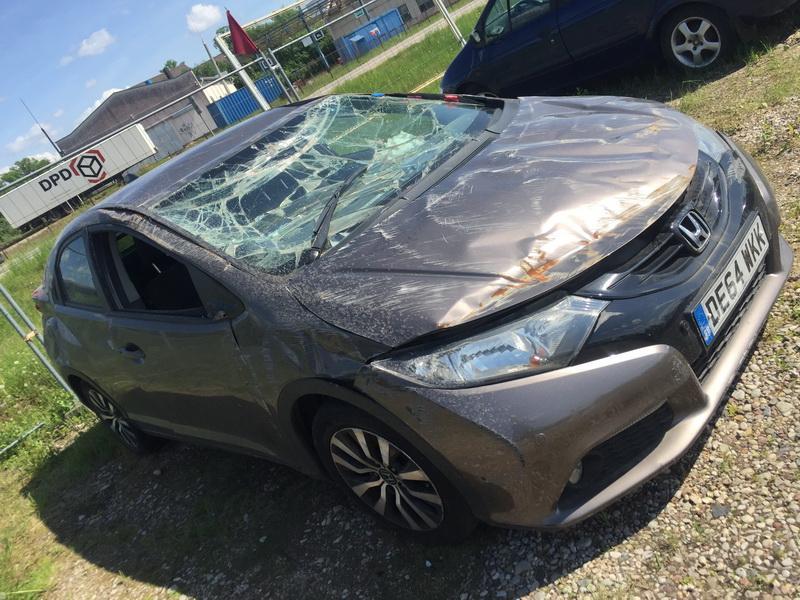 Naudotos automobiliu dallys Foto 4 Honda CIVIC 2014 1.6 Mechaninė Hečbekas 4/5 d. Ruda 2018-5-16 A3760