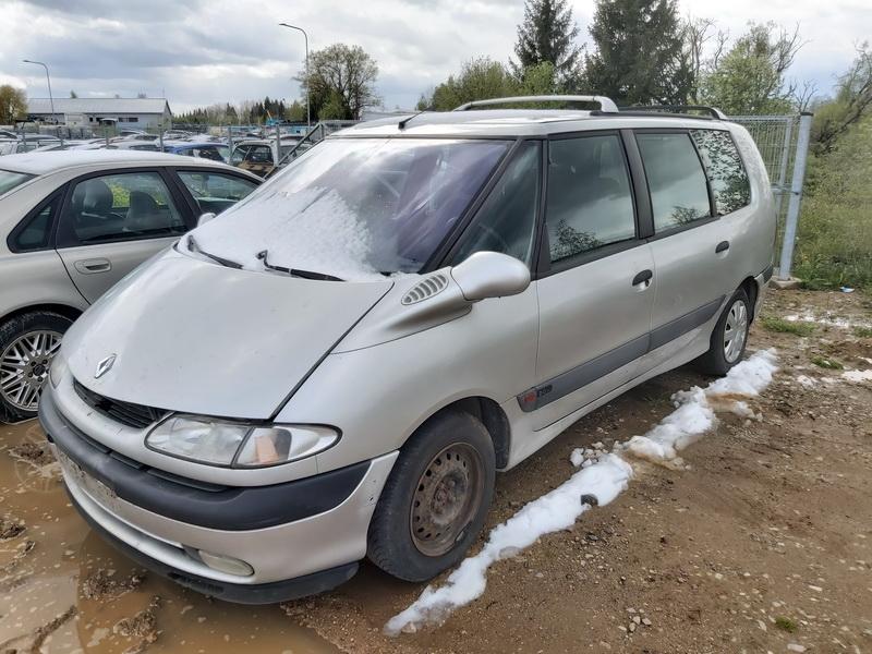 Naudotos automobiliu dallys Foto 4 Renault ESPACE 1999 2.0 Mechaninė Vienatūris 4/5 d. Sidabrine 2020-5-12 A5279