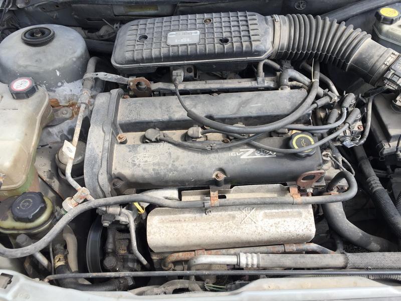 Naudotos automobiliu dallys Foto 2 Ford MONDEO 1999 1.6 Mechaninė Hečbekas 4/5 d. Melyna 2018-7-16 A3941