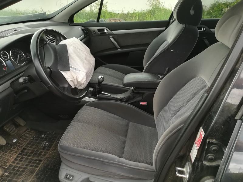 Naudotos automobiliu dallys Foto 5 Peugeot 407 2005 2.0 Mechaninė Sedanas 4/5 d. Juoda 2019-8-02 A4679