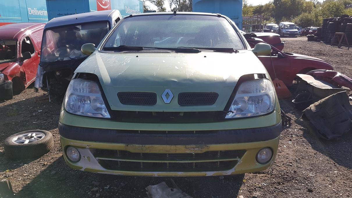 Renault SCENIC 2000 2.0 Mechaninė