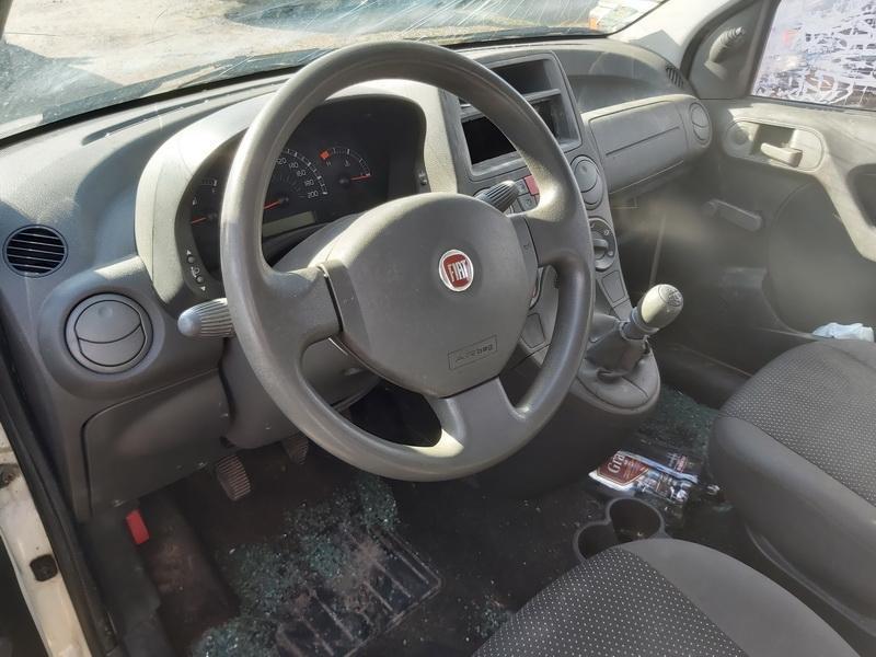Naudotos automobilio dalys Fiat PANDA 2008 1.1 Mechaninė Hečbekas 4/5 d. Balta 2020-3-17
