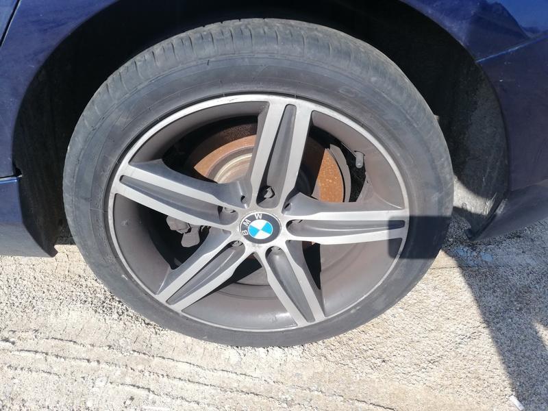 Naudotos automobiliu dallys Foto 9 BMW 1-SERIES 2012 2.0 Mechaninė Hečbekas 4/5 d. Melyna 2019-9-09 A4741