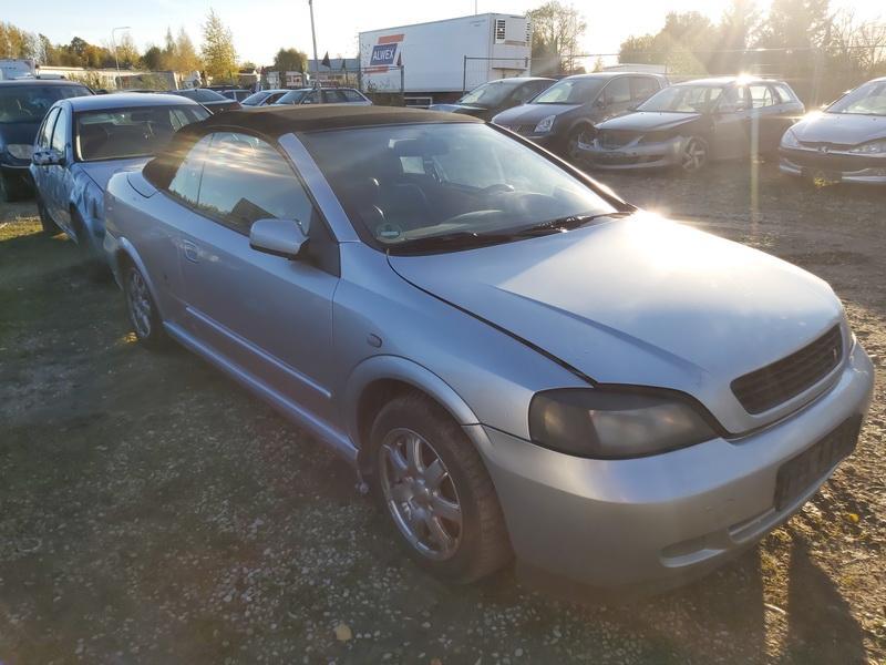 Naudotos automobiliu dallys Foto 1 Opel ASTRA 2002 1.6 Mechaninė Kabrioletas 2/3 d. Pilka 2020-10-16 A5763