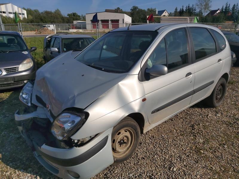 Naudotos automobiliu dallys Foto 4 Renault SCENIC 2000 1.9 Mechaninė Vienatūris 4/5 d. Pilka 2020-9-16 A5670