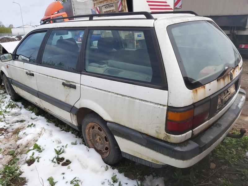 Naudotos automobiliu dallys Foto 8 Volkswagen PASSAT 1994 1.9 Mechaninė Universalas 4/5 d. Balta 2020-5-12 A5277