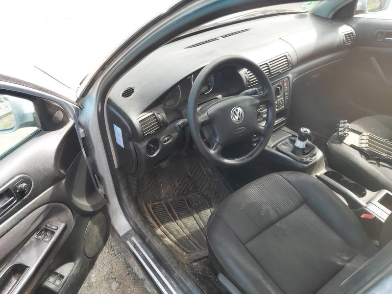 Naudotos automobiliu dallys Foto 6 Volkswagen PASSAT 2001 1.9 Mechaninė Universalas 4/5 d. Pilka 2020-7-27 A5463