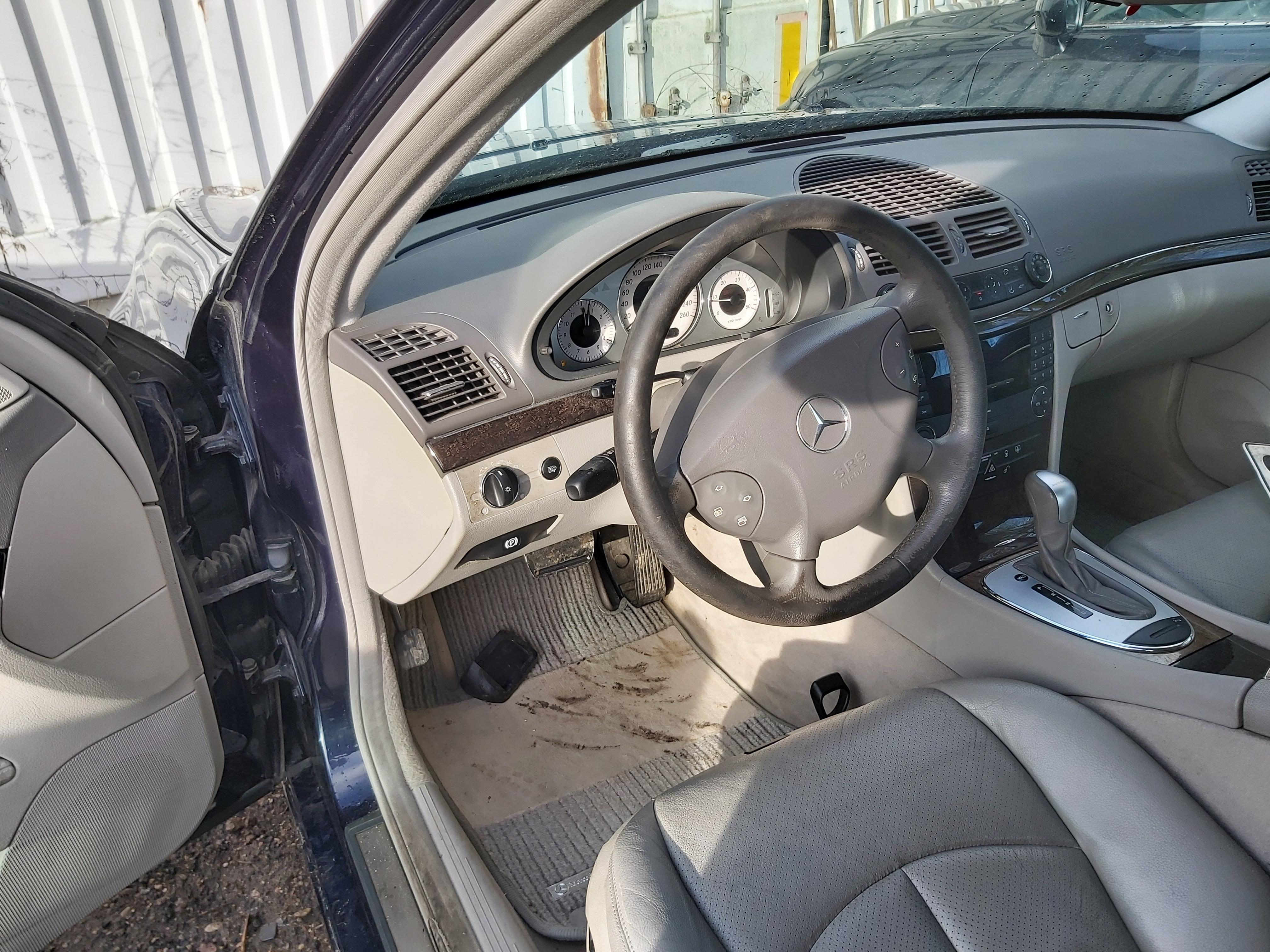 Naudotos automobiliu dallys Foto 5 Mercedes-Benz E-CLASS 2002 2.7 Automatinė Sedanas 4/5 d. Melyna 2020-2-05 A5059