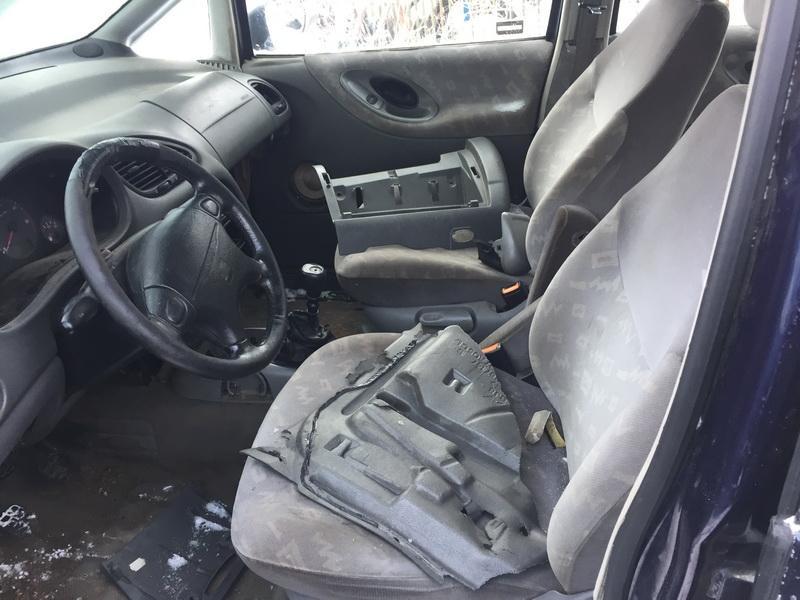 Naudotos automobiliu dallys Foto 7 Seat ALHAMBRA 1997 1.9 Mechaninė Vienatūris 4/5 d. Melyna 2019-1-22 A4264