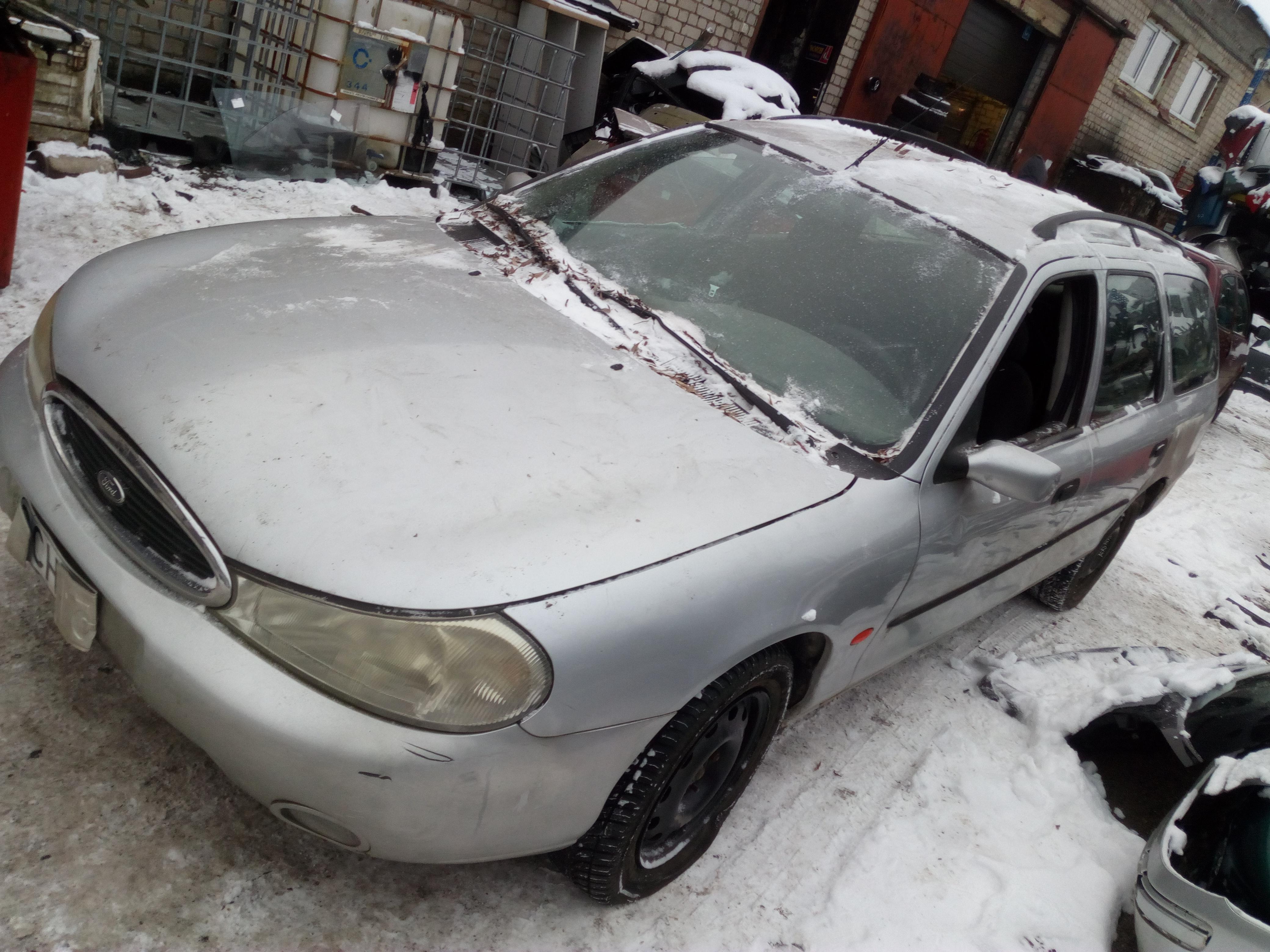 Naudotos automobilio dalys Ford MONDEO 1999 2.0 Automatinė Universalas 4/5 d. Sidabrine 2018-1-23