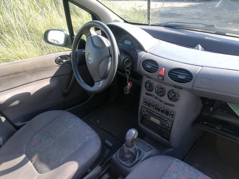 Naudotos automobiliu dallys Foto 4 Mercedes-Benz A-CLASS 2000 1.7 Automatinė Hečbekas 4/5 d. Zalia 2019-9-09 A4740