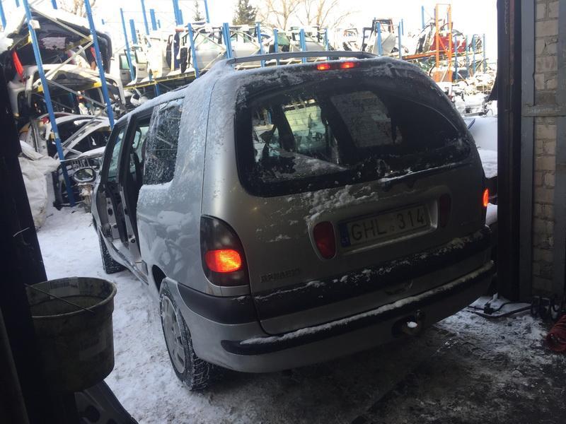 Naudotos automobiliu dallys Foto 8 Renault ESPACE 2002 2.2 Mechaninė Vienatūris 4/5 d. Pilka 2019-1-04 A4248