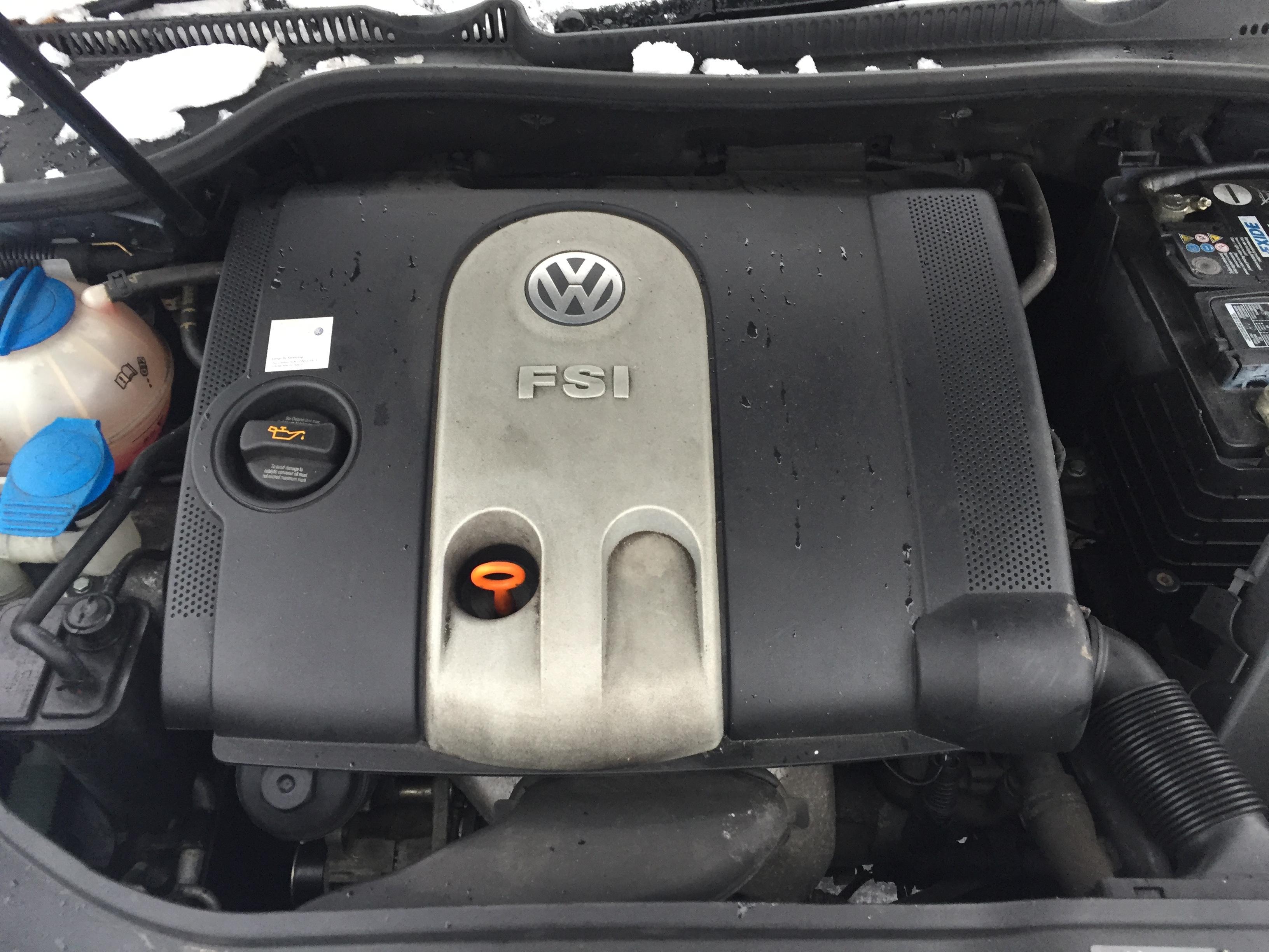 Подержанные Автозапчасти Foto 5 Volkswagen GOLF 2006 1.6 машиностроение хэтчбэк 4/5 d. синий 2017-12-07 A3549
