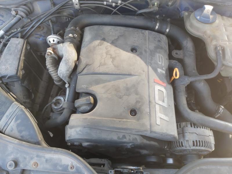 Naudotos automobiliu dallys Foto 2 Volkswagen PASSAT 1997 1.9 Mechaninė Sedanas 4/5 d. Melyna 2020-9-15 A5667