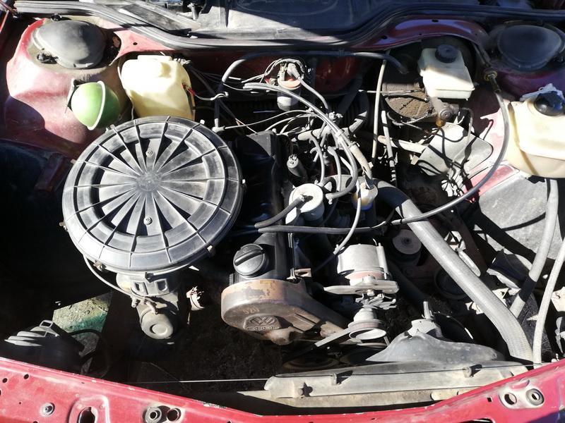 Naudotos automobiliu dallys Foto 9 Audi 100 1984 1.8 Mechaninė Sedanas 4/5 d. Raudona 2019-9-27 A4791