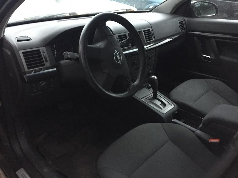 Naudotos automobilio dalys Opel SIGNUM 2003 2.2 Automatinė Hečbekas 4/5 d. Juoda 2018-11-05