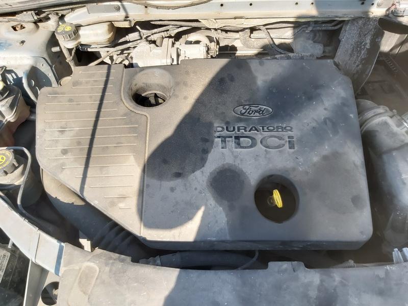 Naudotos automobiliu dallys Foto 2 Ford MONDEO 2010 1.8 Mechaninė Hečbekas 4/5 d. Zydra 2020-4-07 A5198