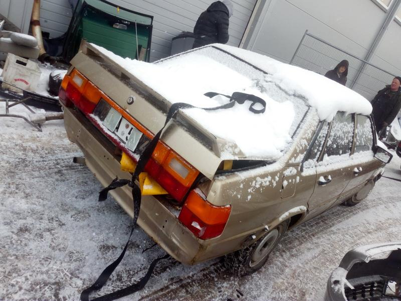 Naudotos automobiliu dallys Foto 5 Audi 80 1985 1.8 Mechaninė Sedanas 4/5 d. Smelio 2018-2-14 A3632